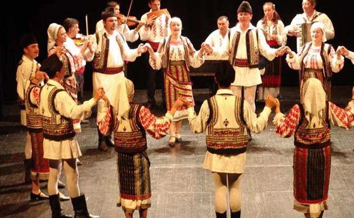 Cursuri Dansuri Populare Triumph Dance Academy